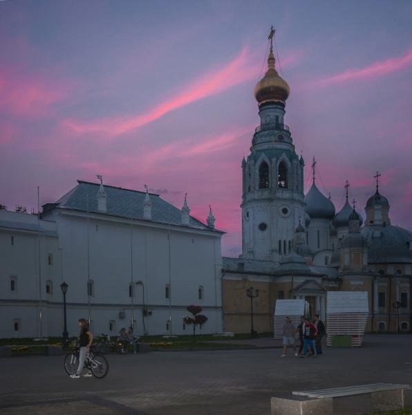 Русский Север. По древним заповедным местам народной культуры.