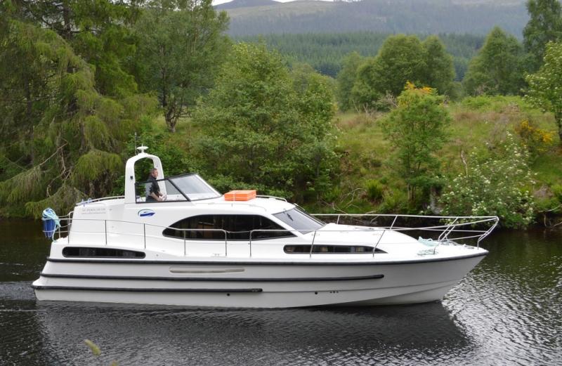 Самостоятельно на арендованной яхте по Каледонскому каналу и озерам Шотландии Лох Несс, Loch Lochy, Loch Linnhe