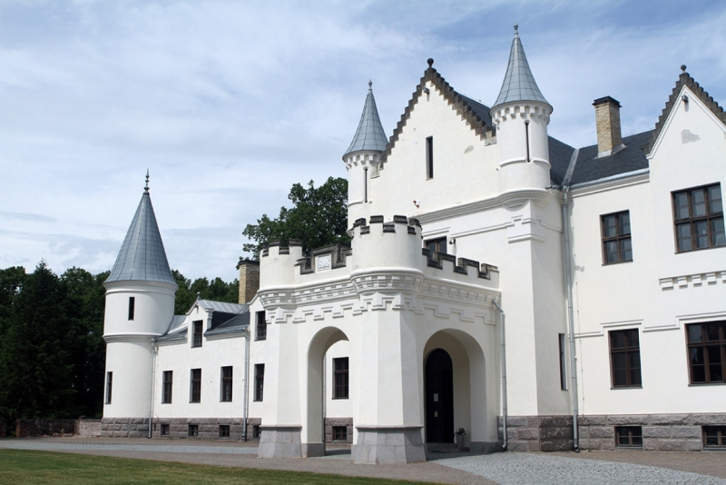 05.06-14.06.2015. Латвия-Эстония на авто: замки, дворцы, поместья. Технический отчет.