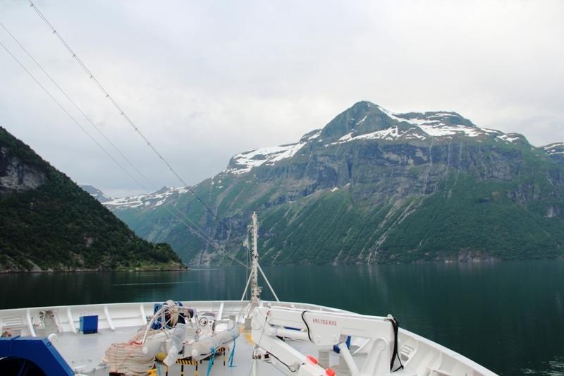 На край и за край: круиз Costa neoRomantica за полярный круг со Шпицбергеном летом 2015
