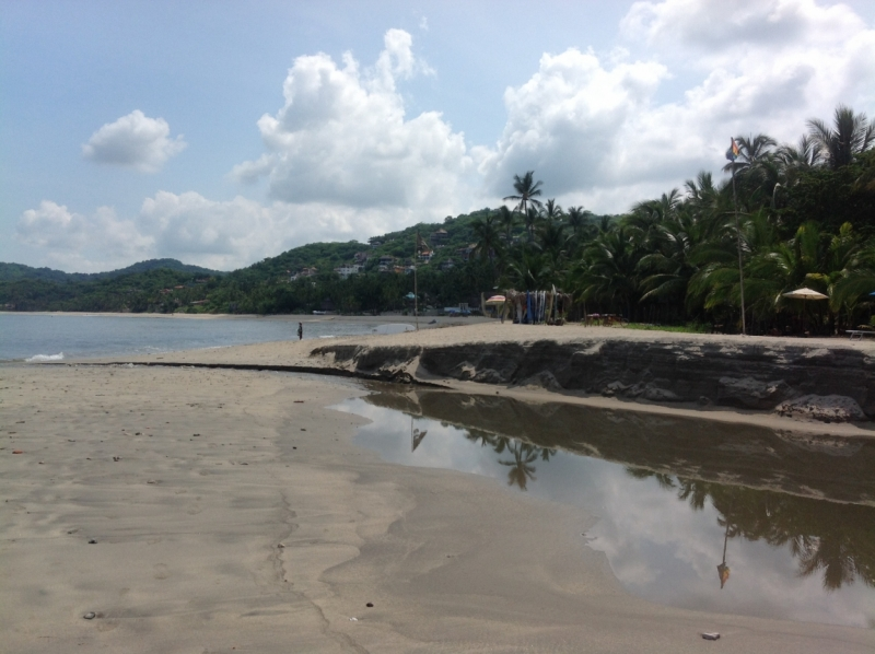 Puerto Vallarta, тихоокеанское побережье Мексики. Белое пятно на сайте Винского.