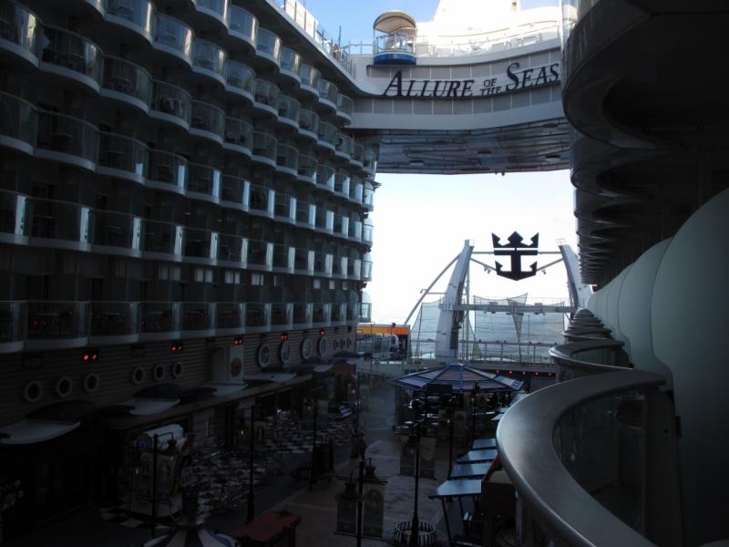 Трансатлантический круиз с видео Allure of the Seas 25.10.15