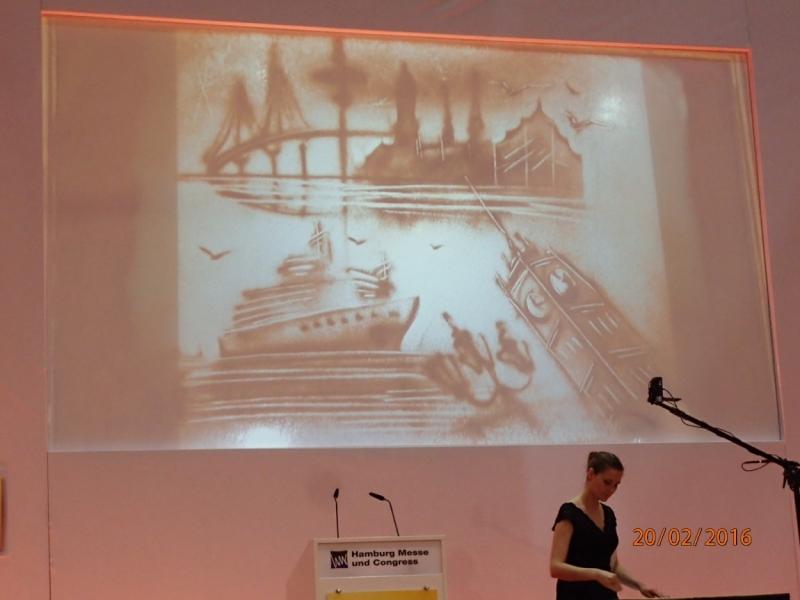 Рисунки, картины, необычные фотографии круизных лайнеров