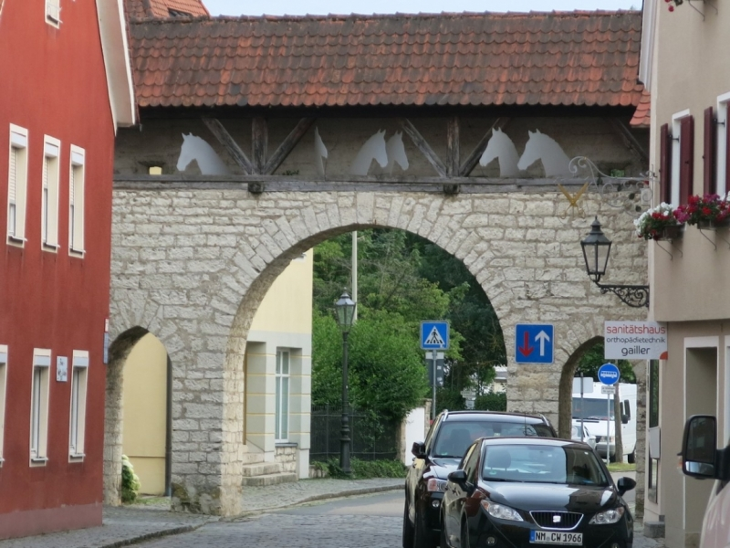 Берхинг (Berching). Канал в волшебном огне и средневековая ярмарка.Kanal im Feuerzauber.