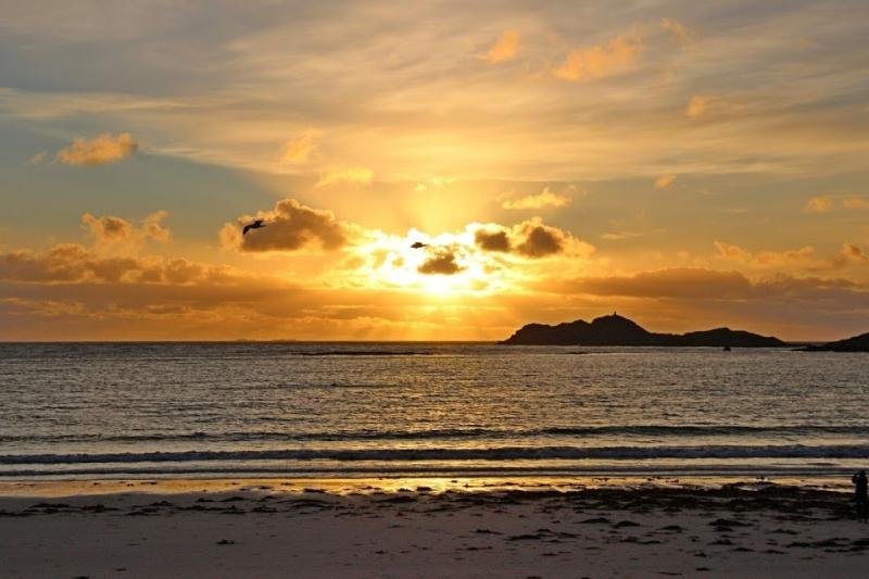 Самый красивый пляж на который Вам хочется вернуться вновь.