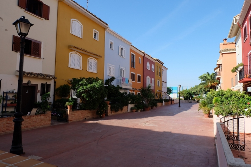 Валенсия и маленькие городки под Барселоной. Октябрь.