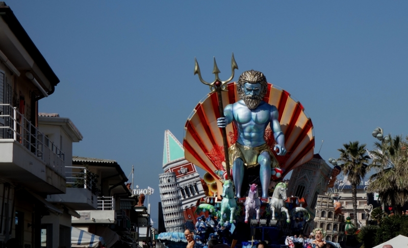 Карнавал в Виареджо