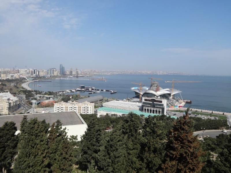Азербайджан в апреле 2017: Баку+грязевые вулканы+петроглифы