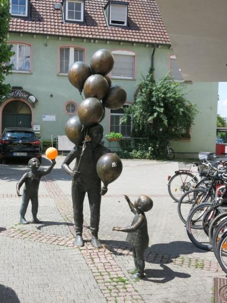 Баден-Вюртемберг: и дождь и солнце - день чудесный.