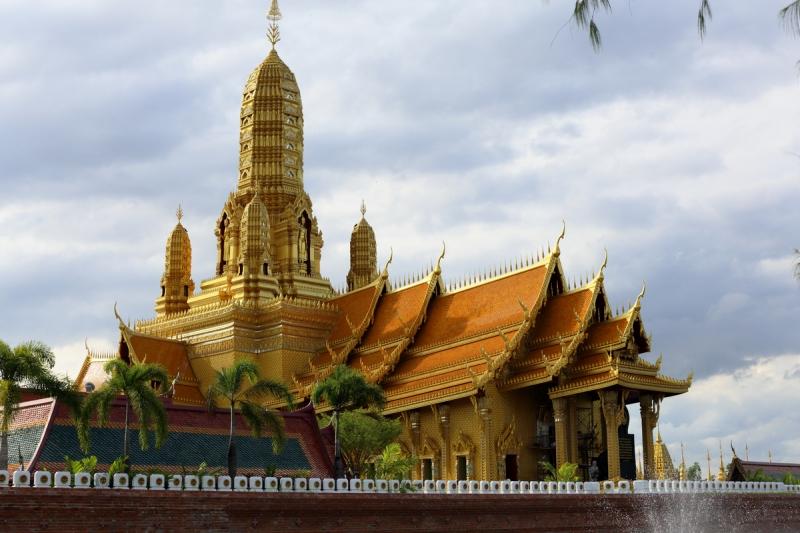 Мьянма в режиме он-лайн.