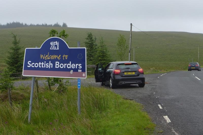 На автомобиле Лондон-Кэмбридж-Ноттингем-Озерный край-Эдинбург и на поезде Эдинбург-Лондон. 14-27 июля 2017