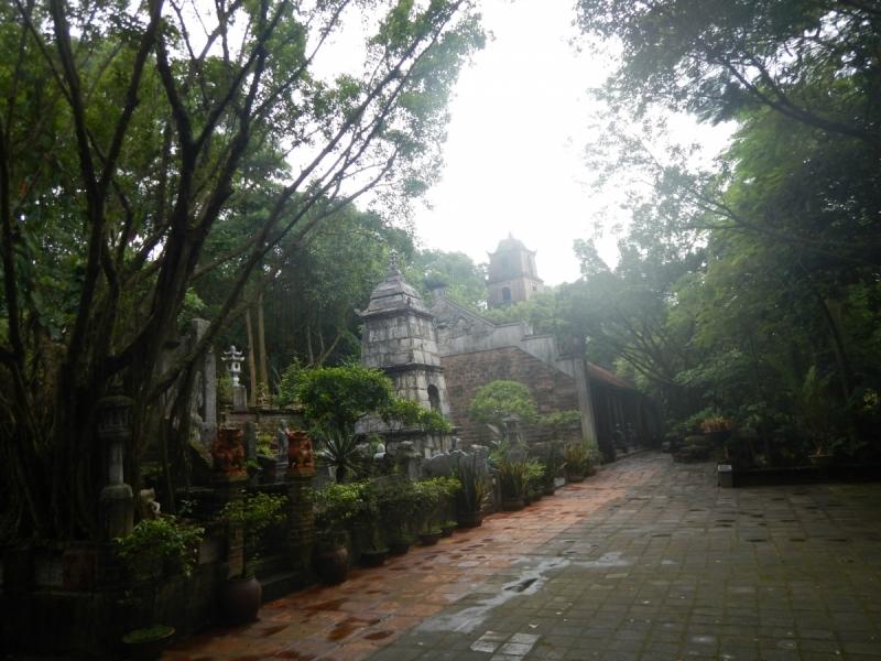 Однодневная экскурсия из Ханоя: Дворец Thanh Chuong Viet