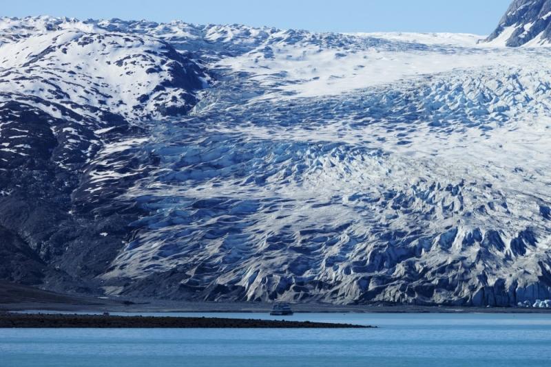 По Аляске на чёрном корабле - все планы кувырком