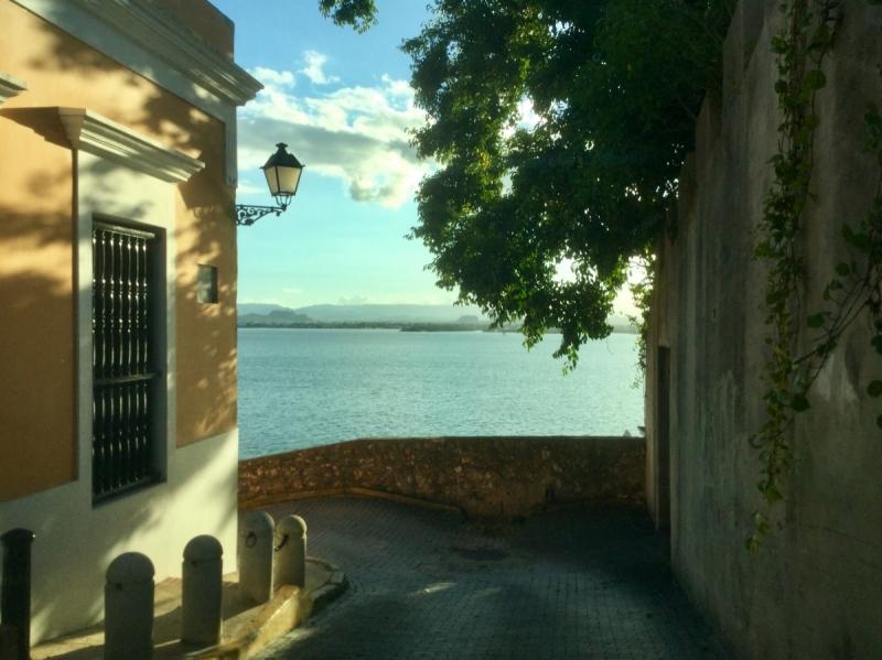 Путешествие по следам Ирмы и Марии (Селебрити Саммит 25 ноября - 16 декабря 2017)