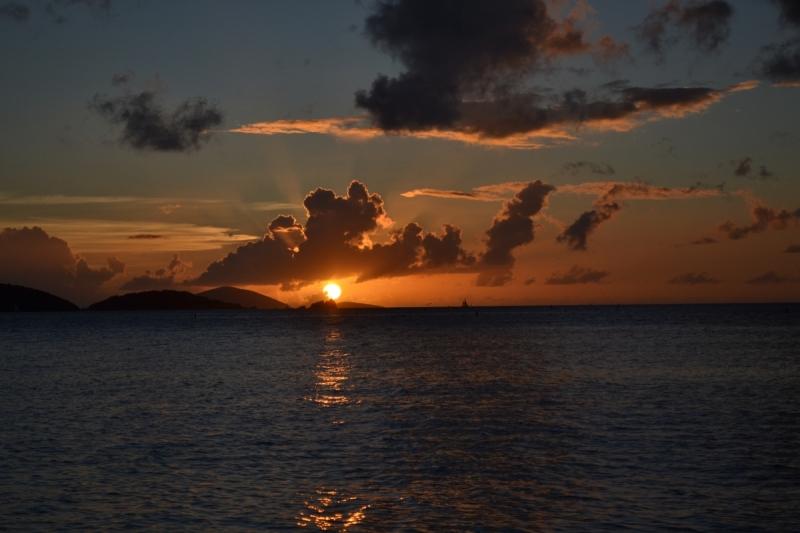 Лучше медленно ехать, чем быстро стоять: Американские Виргинские острова + круиз + автотрип по Юго-Западу + полное солнечное затмение 21 августа 2017