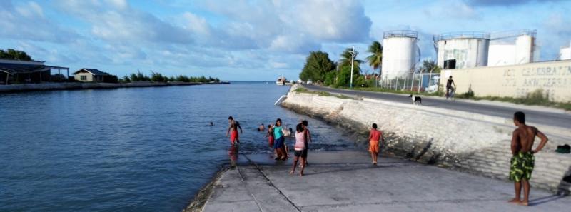 Микронезия без кругосветки - 6. Кирибати. Тарава: японские пушки, ночной клуб и рассвет над лагуной