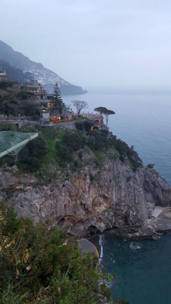 Противоречивый, грязный, но прекрасный Неаполь + Амальфитанское побережье, Салерно и Помпеи (апрель 2018)
