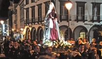 Где самые интересные празднования католической Пасхи?