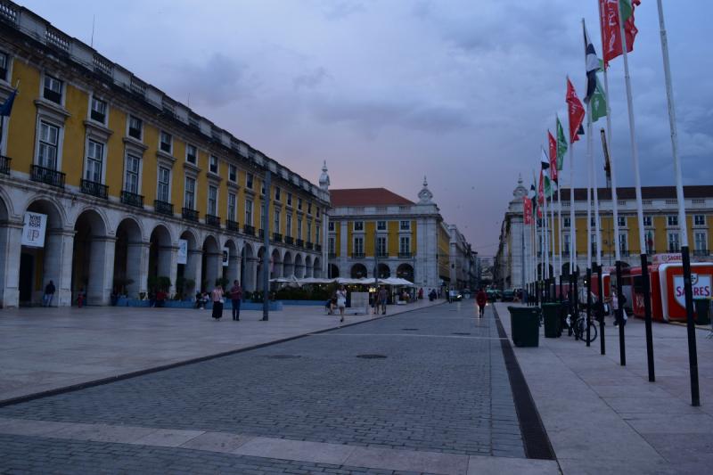 Португалия+Испания с подрощенным ребенком