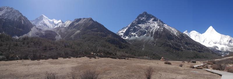 Кора вокруг священной горы Ченрезиг (Сяньнайжи)