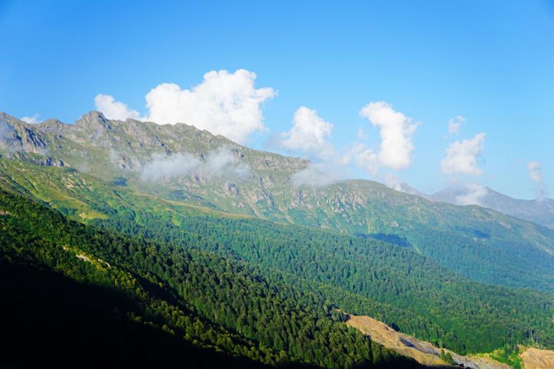 Куда в Абхазии нельзя доехать на легковом автомобиле (Куниашта, озера Адуэда и Малая Адуэда).