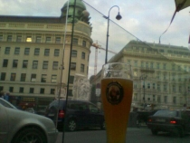 Killing time at Albertinaplatz (Android test)