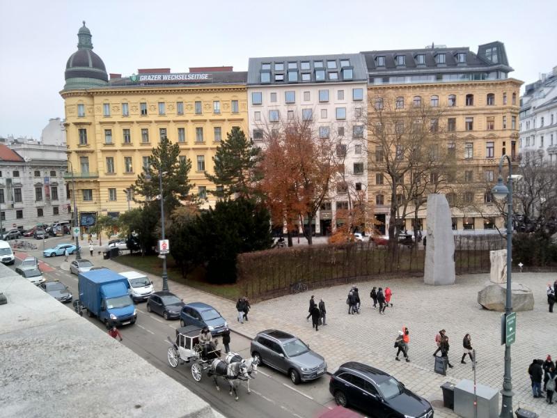 Предрождественская Вена. Белый город в сумеречных тонах
