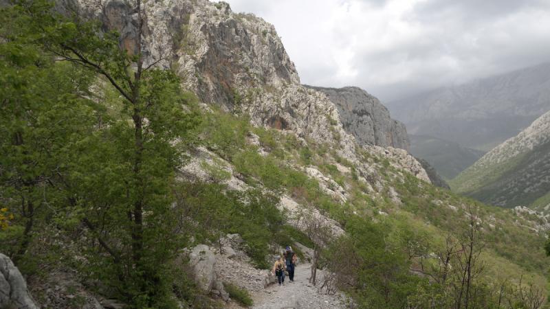В Хорватию в апреле (2019 г.) Средняя Далмация, Плитвицы, Пакленица, Загреб