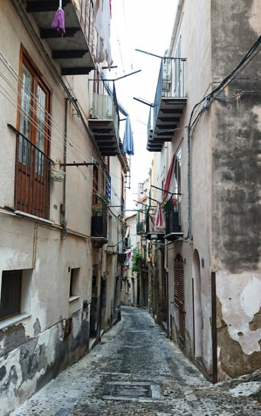 Сицилия для дамы с собачкой. Чефалу + Палермо - прогулки в ноябре. 2019 г.
