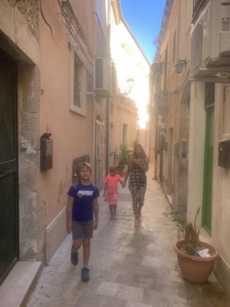 От Палермо до Рима с парой спиногрызов