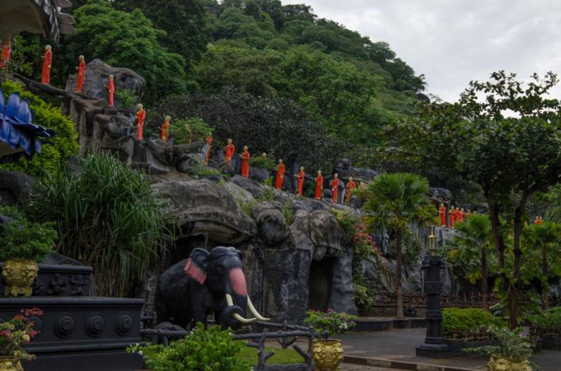 Воспоминания о Шри Ланке (или о том, как брови делают лицо)