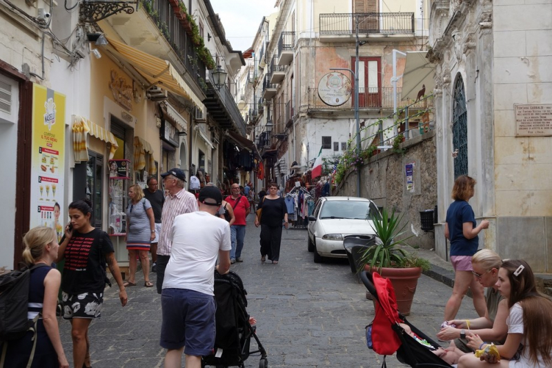 Ленивый тур по югу Италии (Тропея, Атрани, Неаполь)