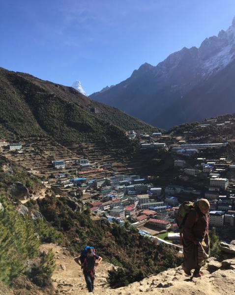 Мы, Будди и базовый лагерь Эвереста.