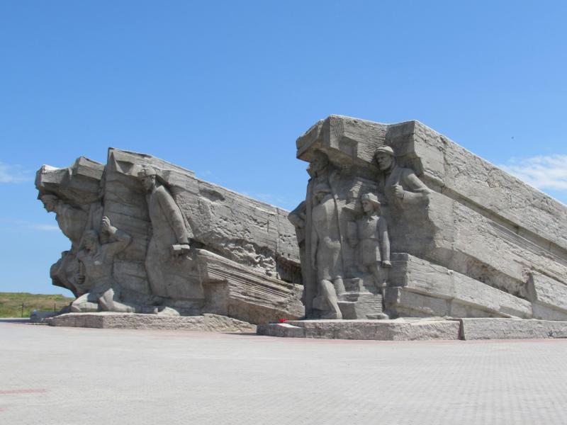 Кырым. 1442 год Хиджры. 13 дней на авто с востока на запад и обратно.