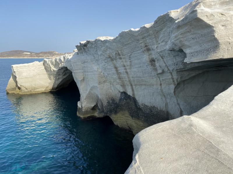 Афины - Метеоры - Санторини - Милос с 19 по 29 августа общественным транспортом