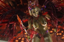 karnaval-golih-tantsovshits-v-rio