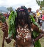 Поздравления женщине от папуасов