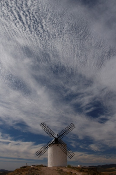 Испанский калейдоскоп: огни фиесты, природа и замки, люди и гении