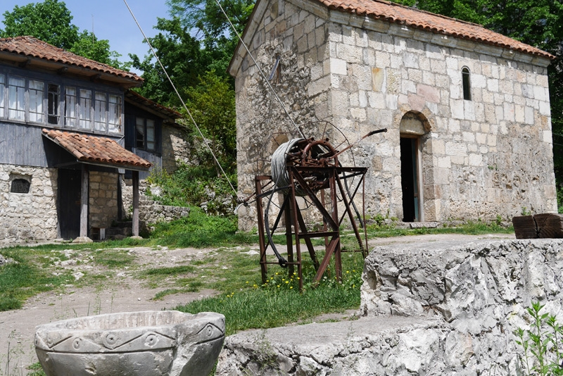 Застолье в Грузии, грузинские вина, Столп Кацхи
