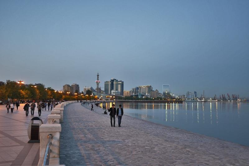 Баку Азербайджан: отзыв о достопримечательностях Баку, черная икра, Бриллиантовая рука