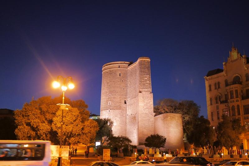 Баку Азербайджан отзыв. Достопримечательности Баку, черная икра, Бриллиантовая рука