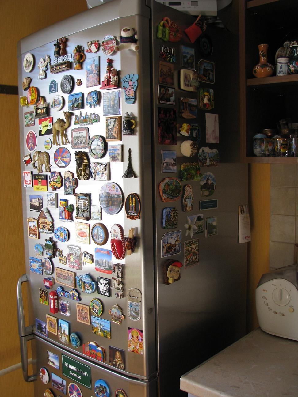 Магниты на холодильнике картинки