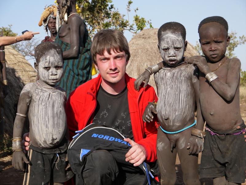 Как ходят в африке голыми парни фото