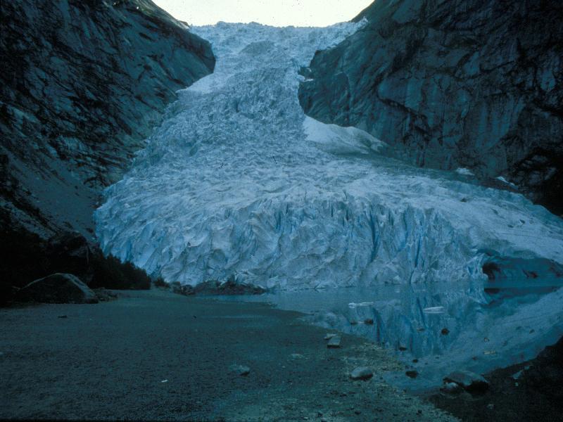 Ледник в норвегии бриксдаль