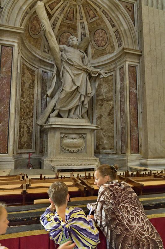 к сожалению, не удалось подойти к Пьете Микеланджело