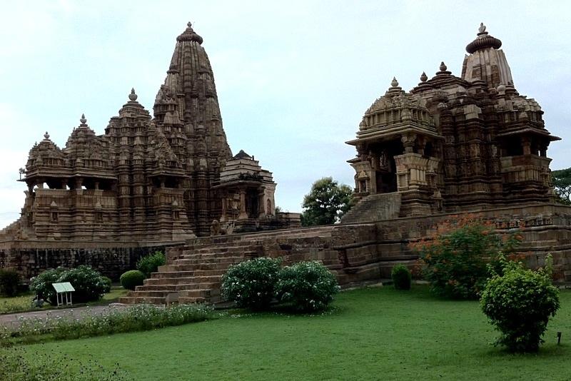 Храмы камасутры в Кхаджурахо