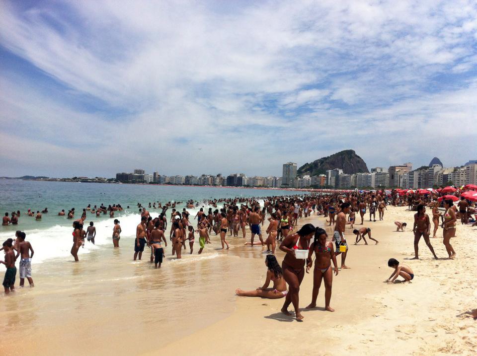 Пляж Копакабана в Рио-де-Жанейро