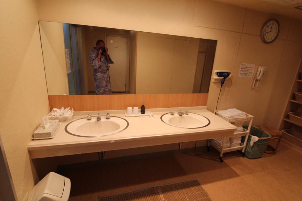 Рёкан гостиница в Японии где спят на полу