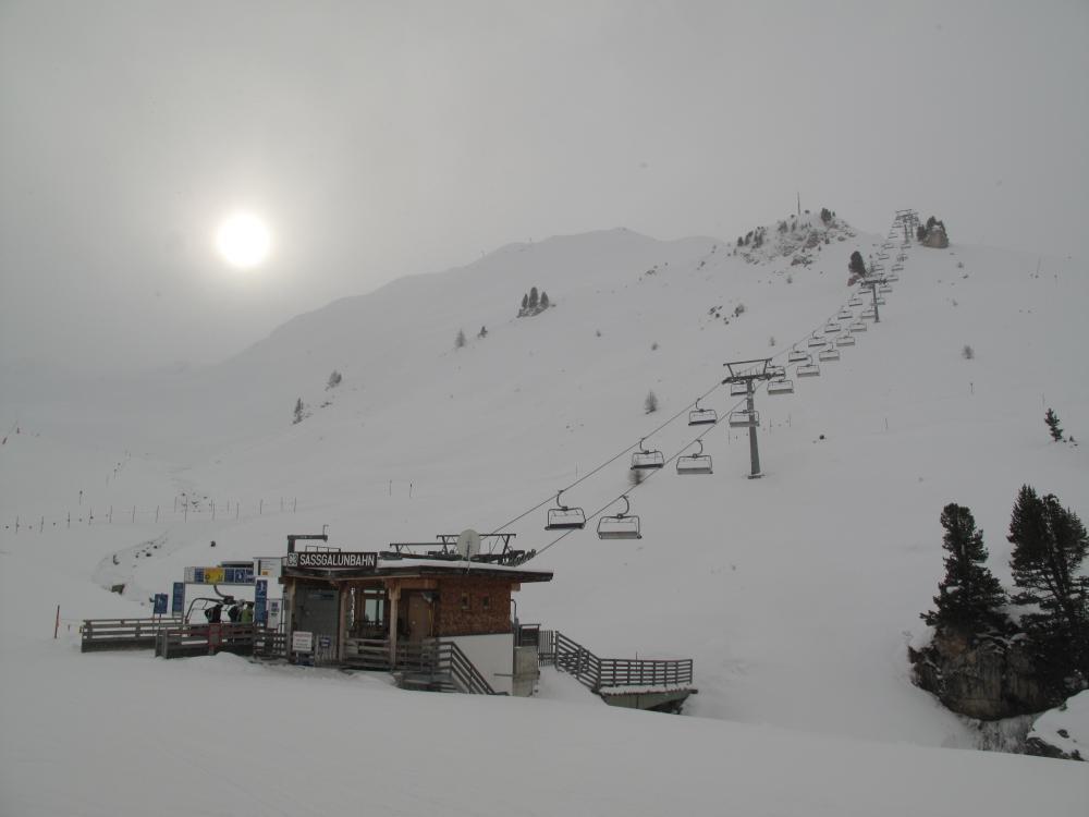 снег в Ишгле