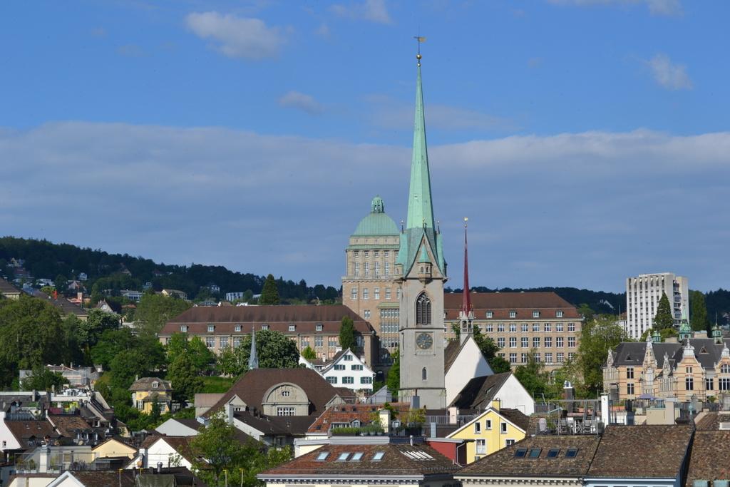 Вадуц и Цюрих